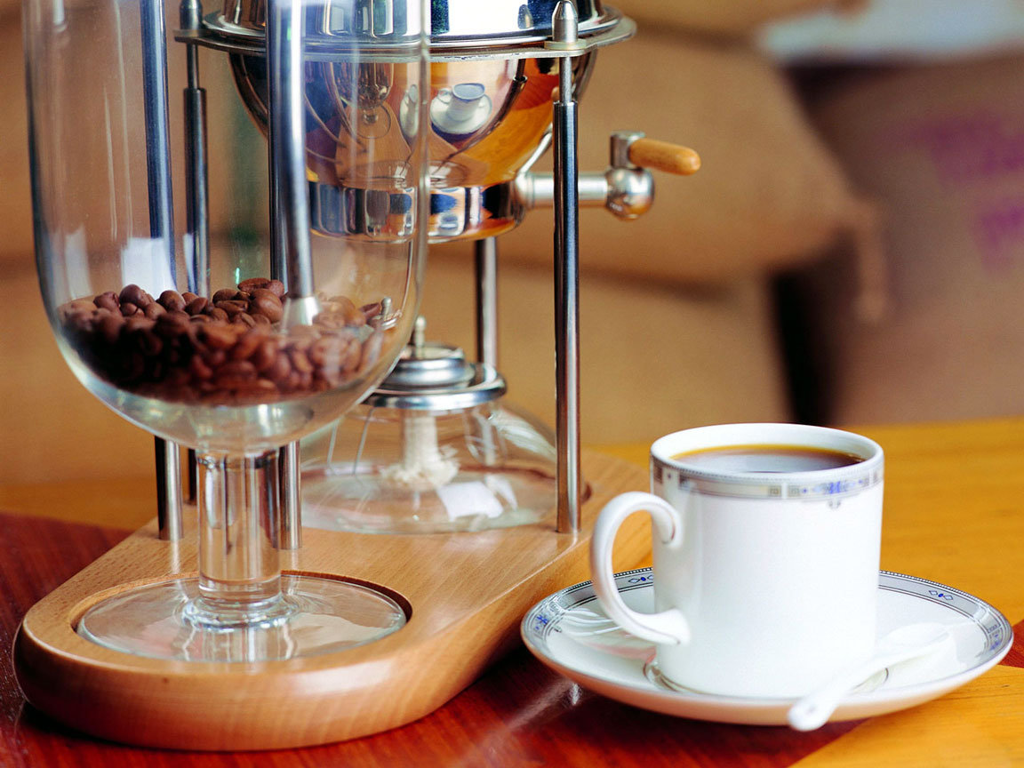 http://caffe.in.ua/wp-content/uploads/2009/02/coffeemachines_history_01.jpg
